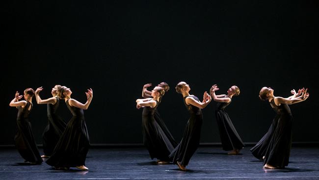 Dansglädje på balettävling - DANSPORTALEN